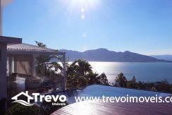 Casa-de-luxo-com-vista-para-o-mar-a-venda-em-Ilhabela