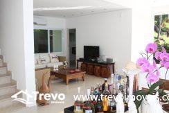 Casa-de-luxo-com-vista-para-o-mar-a-venda-em-Ilhabela12