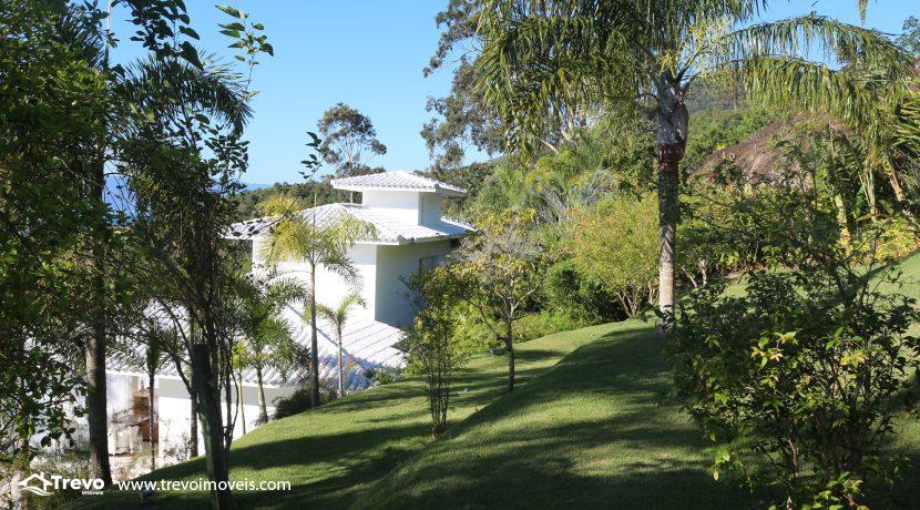 Casa-de-luxo-com-vista-para-o-mar-a-venda-em-Ilhabela30