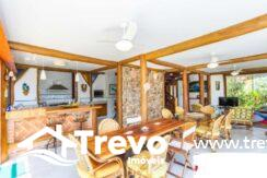 Casa-charmosa-a-venda-em-Ilhabela-em-condomínio-de-luxo7