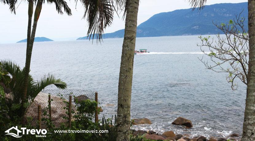 Casa-charmosa-a-venda-na-costeira-em-Ilhabela1