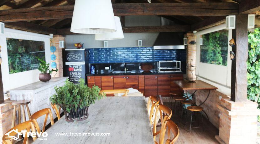Casa-charmosa-a-venda-na-costeira-em-Ilhabela10