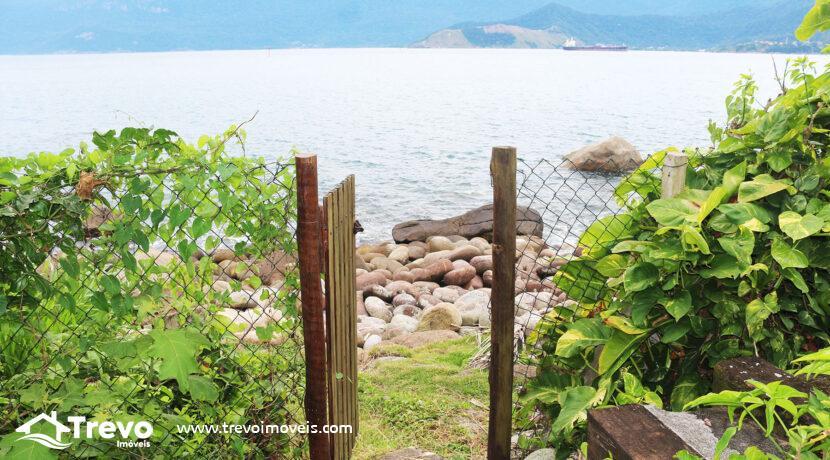 Casa-charmosa-a-venda-na-costeira-em-Ilhabela2