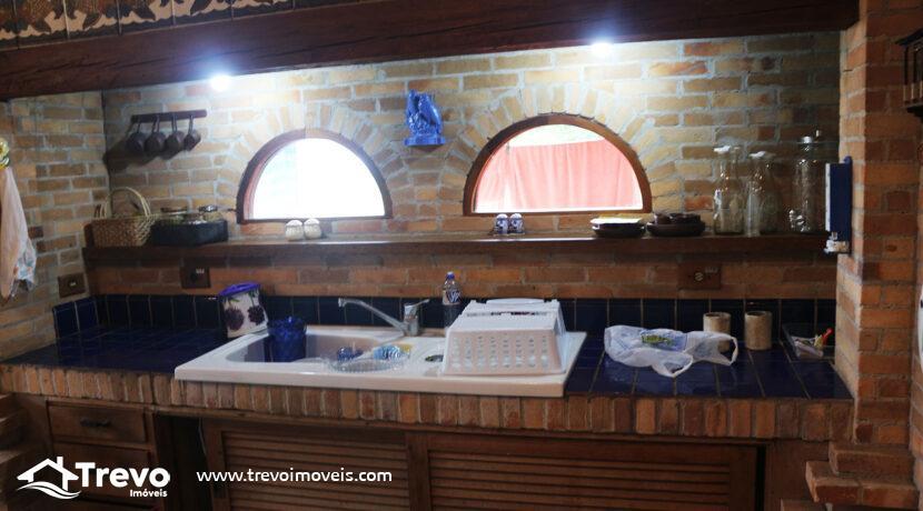 Casa-charmosa-a-venda-na-costeira-em-Ilhabela22