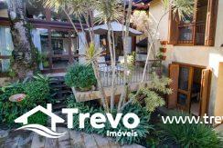 Casa-a-venda-em-Ilhabela-em-condomínio-frente-a-praia14