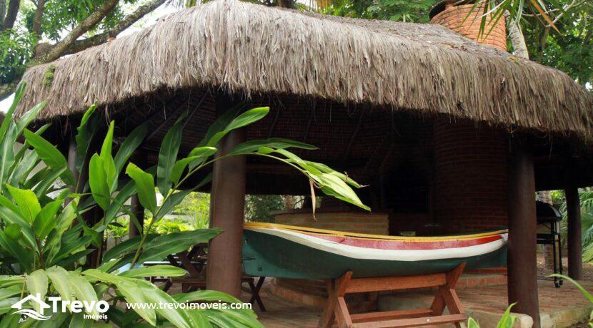 Casa-de-luxo-pé-na-areia-a-venda-em-Ilhabela-sp-28
