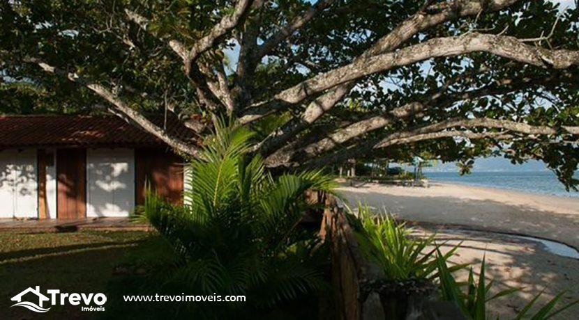 Casa-pé-na-areia-a-venda-em-Ilhabela24