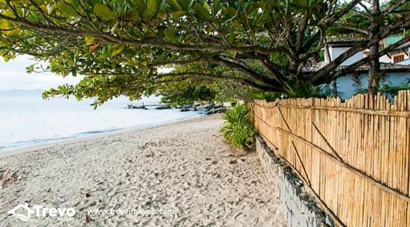 Casa-pé-na-areia-a-venda-em-Ilhabela25