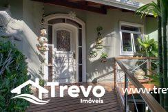 Casa-charmosa-a-venda-em-Ilhabela-com-vista-para-o-mar11