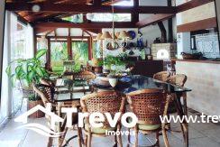 Casa-charmosa-a-venda-em-Ilhabela-com-vista-para-o-mar30
