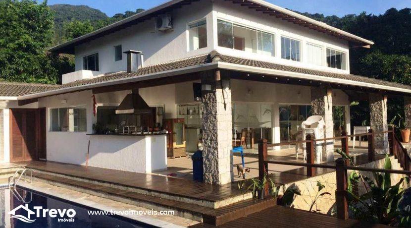 Casa-a-venda-em-Ilhabela-próximo-a-natureza