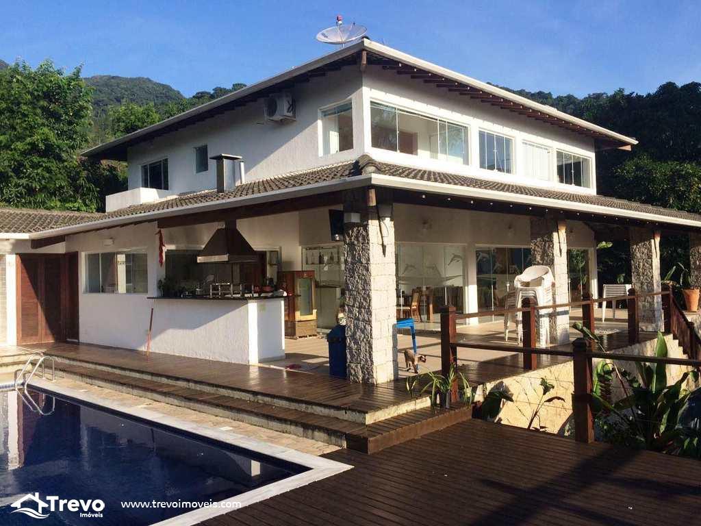 Casa a venda em Ilhabela próximo a natureza