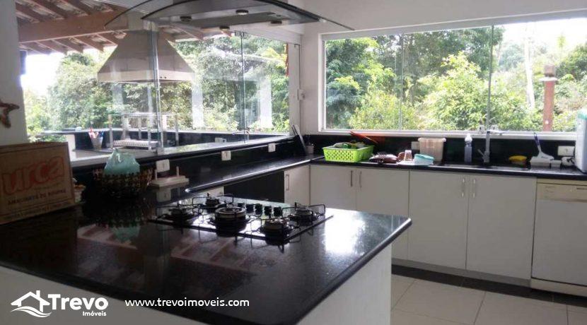 Casa-a-venda-em-Ilhabela-próximo-a-natureza18