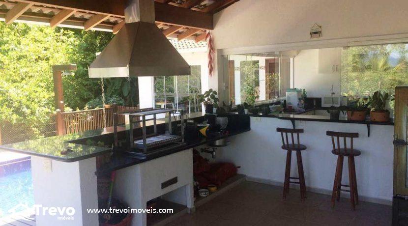 Casa-a-venda-em-Ilhabela-próximo-a-natureza2