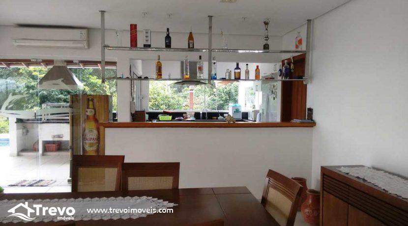 Casa-a-venda-em-Ilhabela-próximo-a-natureza8