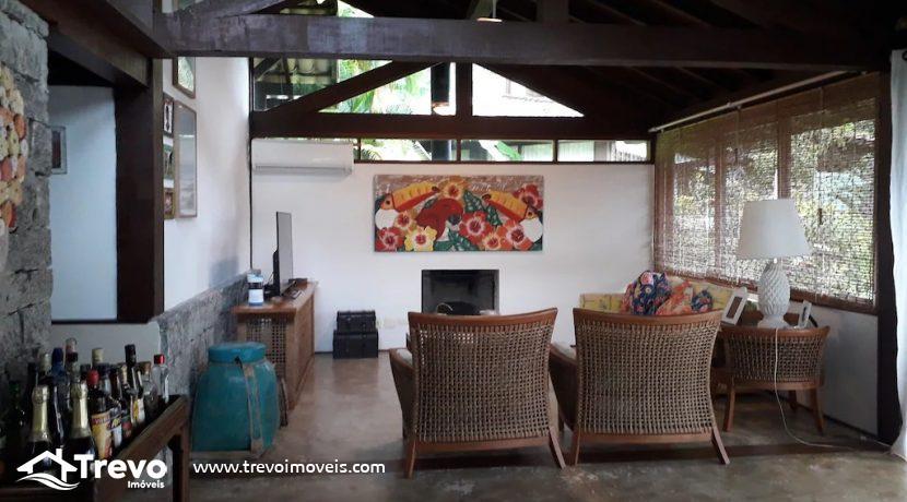 Casa-charmosa-a-venda-em-condomínio-fechado24
