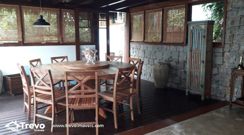 Casa-charmosa-a-venda-em-condomínio-fechado40