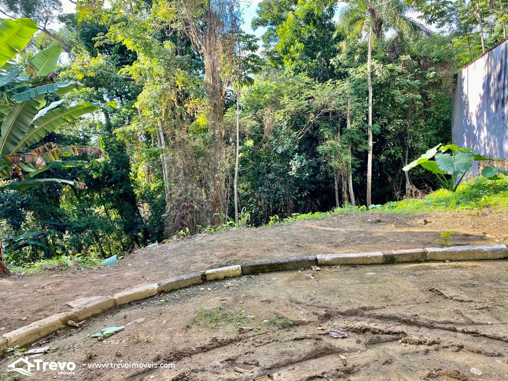 Lindo terreno a venda em Ilhabela