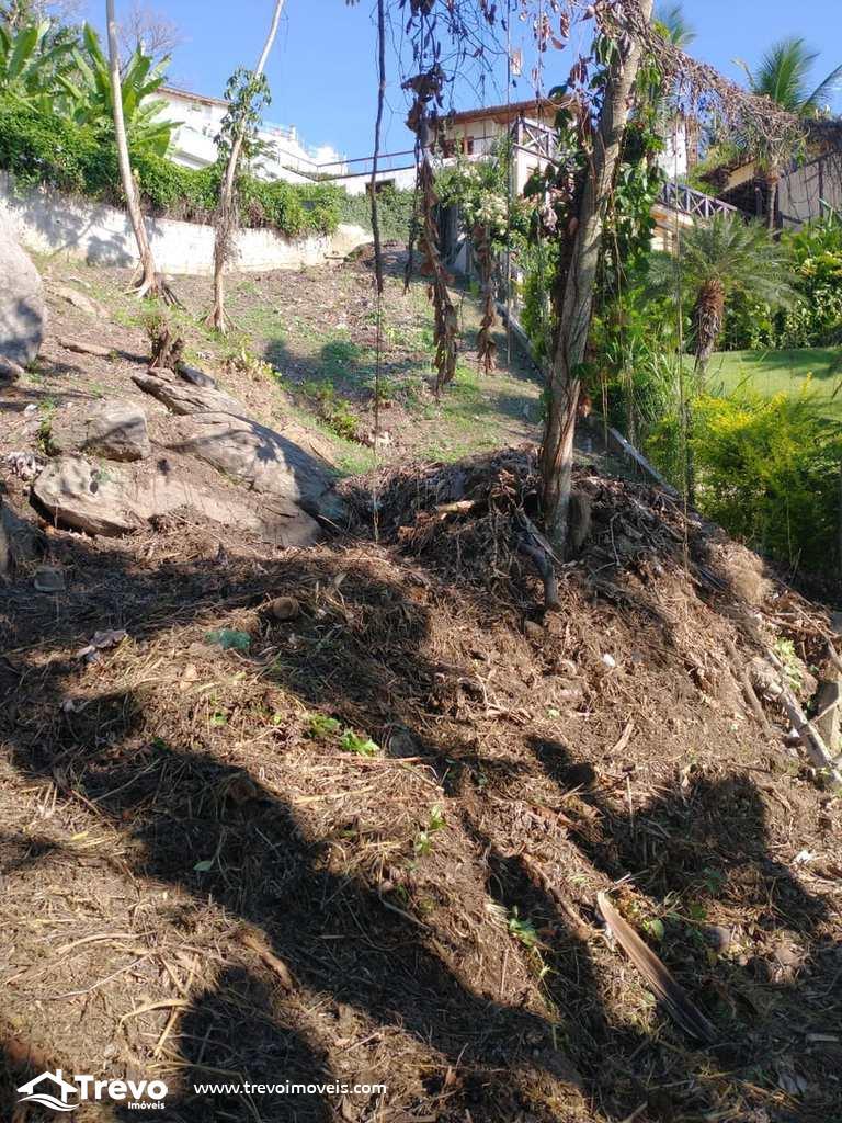 Terreno a venda no norte de Ilhabela